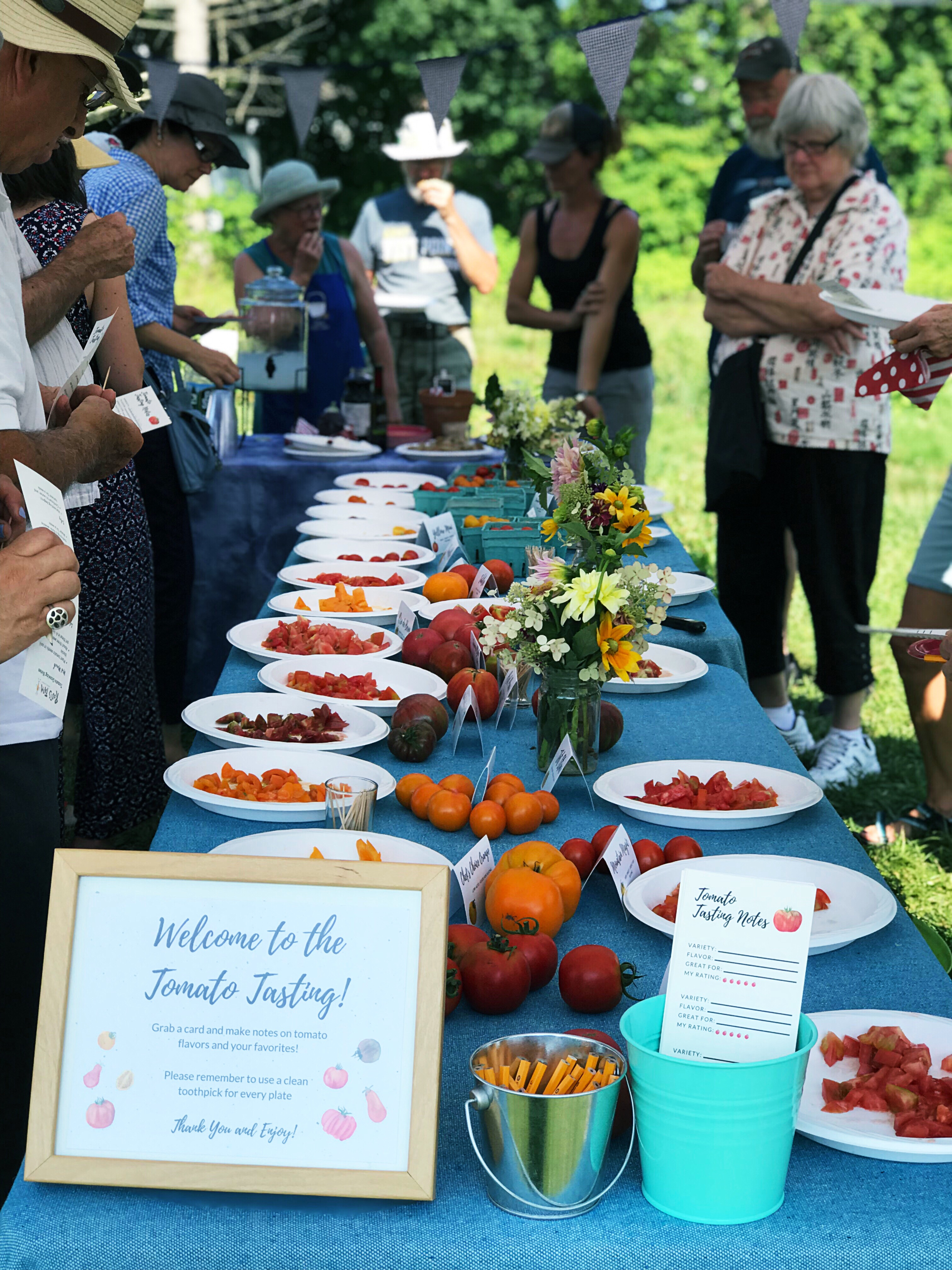 Showcase your best tasting heirloom tomatoes with a tomato tasting party! This post includes a FREE PRINTABLE Event Planning Guide, Tomato Tasting Note Cards and Tomato Labels